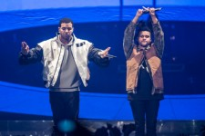 "The Weeknd's Demo For Drake's ""Crew Love"""